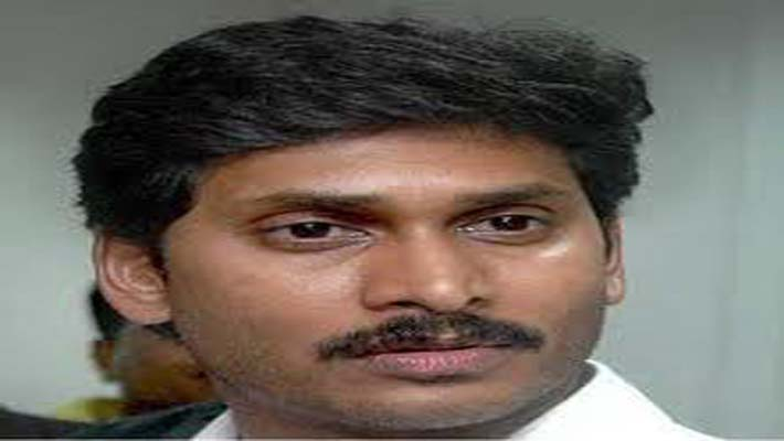 Jagan Reddy resigns as MP over AP split; his mother quits Assembly