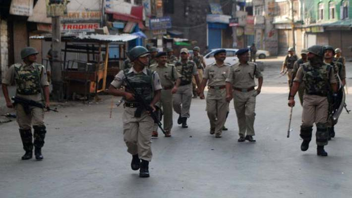 J & K Govt. orders high-level inquiry into Friday's clashes in Kishtwar ; Curfew continues for the second day today
