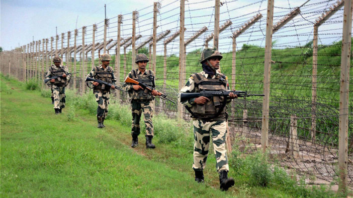 Pak troops continue to violate ceasefire along LoC in J&K