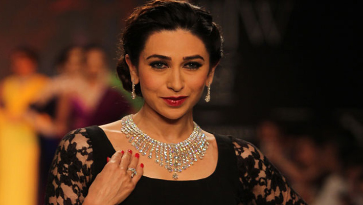 Bollywood glitters at India International Jewellery Week