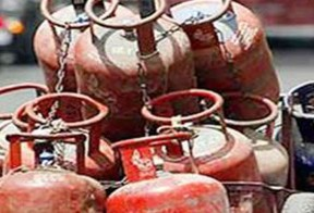 Price of cooking gas cylinder increased again by Rs 25 to Rs 826