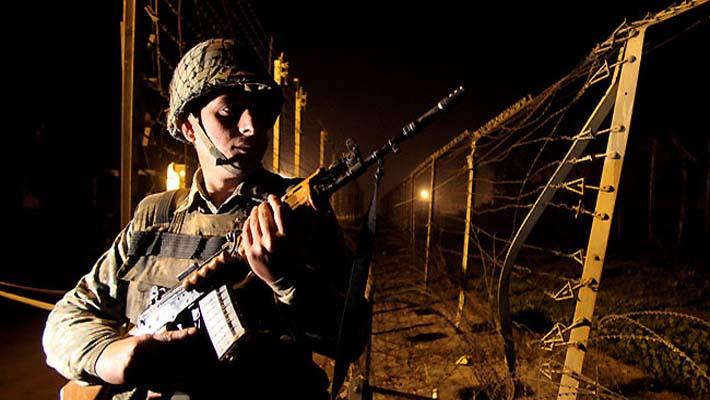 Pakistani troops again violate ceasefire in J & K; Kargil sector witnesses firing