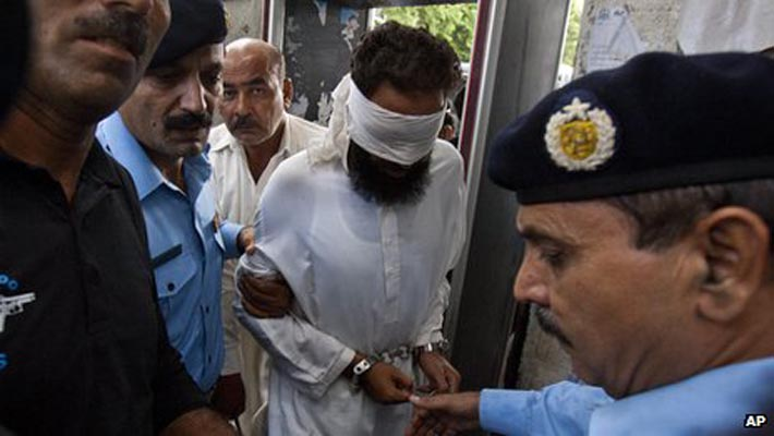 Pak court dismisses charges against cleric in blasphemy case