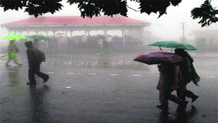 Heavy rain disrupts normal life in parts of North India