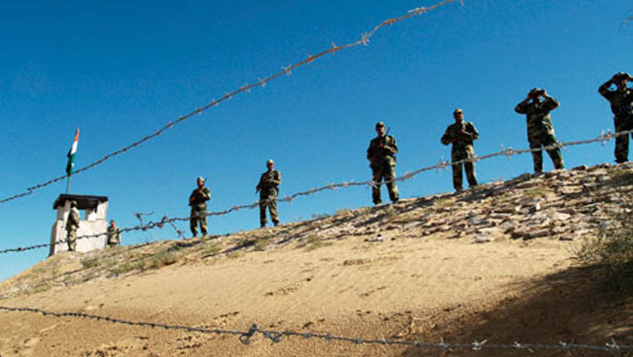 Pakistan violates ceasefire again, troops fire at Indian posts along the LoC