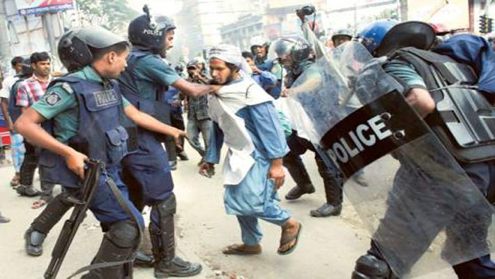India urges B'desh to resolve on-going pol crisis through dialogue