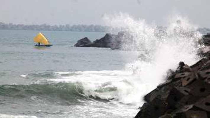 Cyclone Helen makes landfall in coastal Andhra Pradash