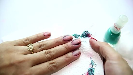 Removing Sparkling Nail Polish: Easy Tips