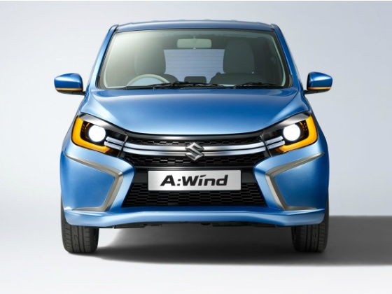 Undisguised new Maruti small car spotted