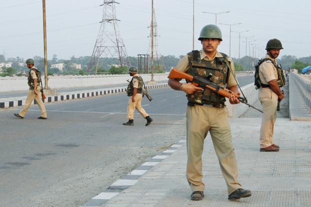 Kashmir tense, restrictions imposed, Amarnath yatra suspended