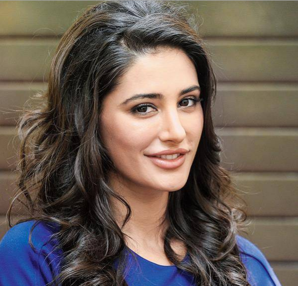 Nargis shoots down Bollywood quitting rumours
