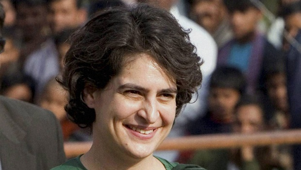 Priyanka meets Azad, fuels talks about her UP role