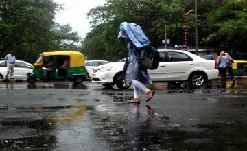 Delhi's maximum temperature 36.7 degrees Celsius