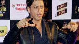 Shah Rukh Khan reveals the reason behind why he hasn't signed any film yet