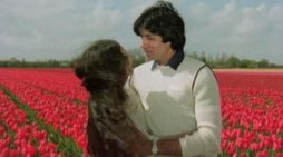 Silsila was trashed by media at time of release: Big B