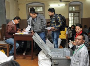 Guj polls: 11 pc voter turnout in first two hours