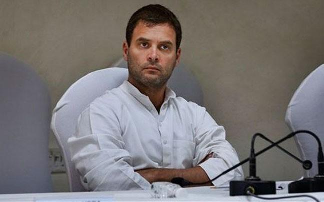 Rahul slams PM Modi for attacking Manmohan Singh