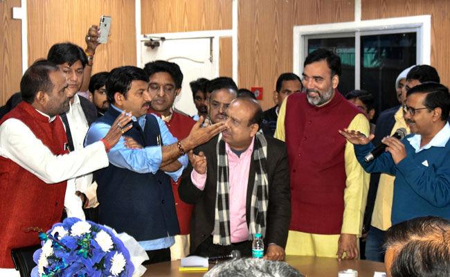 JP Alleges Heckling At Meeting With Arvind Kejriwal, Complains To Cops
