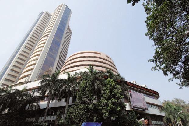 Markets will continue to fall: Experts