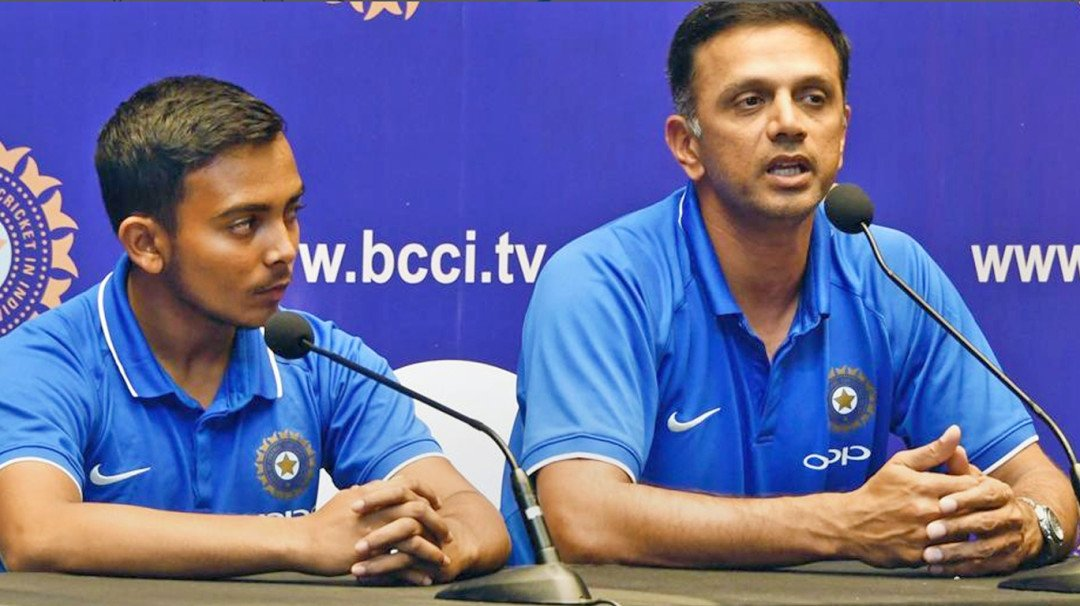 Rahul Dravid unhappy with him getting more cash prize than players, support staff