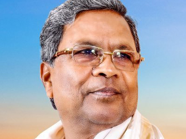 Siddaramaiah urges PM to appoint 'untainted person' as CM candidate