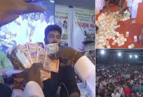 It's raining money on folk singers in Gujarat