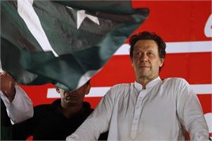 Pak PM Khan faces protests by religious and ethnic minorities during first US visit