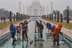Trump Agra visit: Ticket counters at Taj to close at 11:30 am