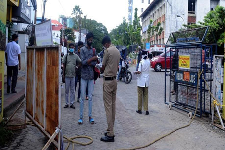 Restrictions similar to lockdown to be imposed in Kerala on Saturday, Sunday