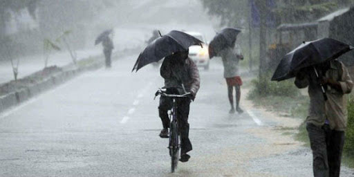 Low pressure over Arabian Sea: Red alert in 3 districts on Friday, 5 districts on Saturday