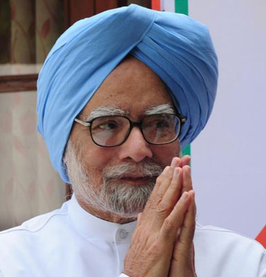 Manmohan Singh photographed during Health Minister's visit despite opposition, says Singh's family